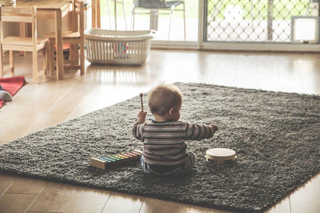Feliz Services propose des prestations de garde d'enfants